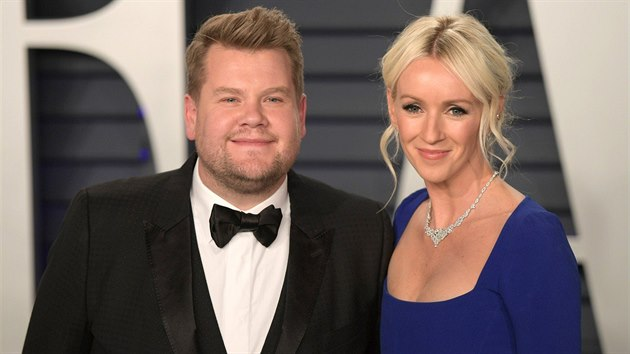James Corden s manželkou Julií Careyovou (Vanity Fair Oscar Party, Beverly Hills, 24. února 2019)
