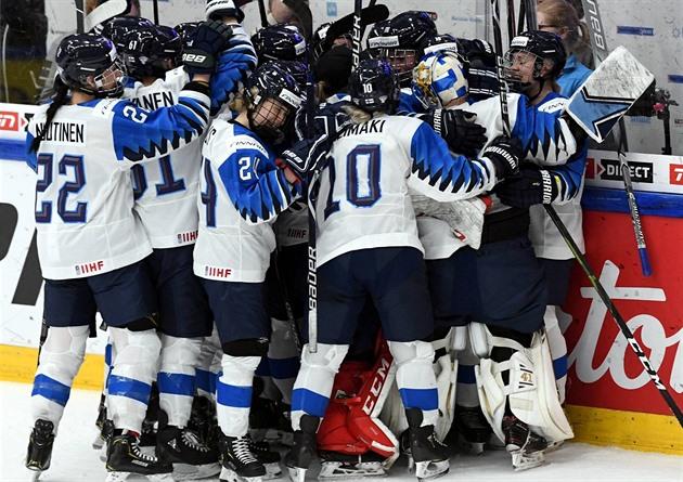 ecc7b965e2ddb Kanadské hokejistky budou poprvé chybět ve finále MS, nestačily na ...