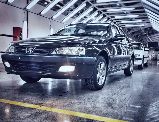 Peugeot 405 je nezmar. Nově se vyrábí v Ázerbajdžánu