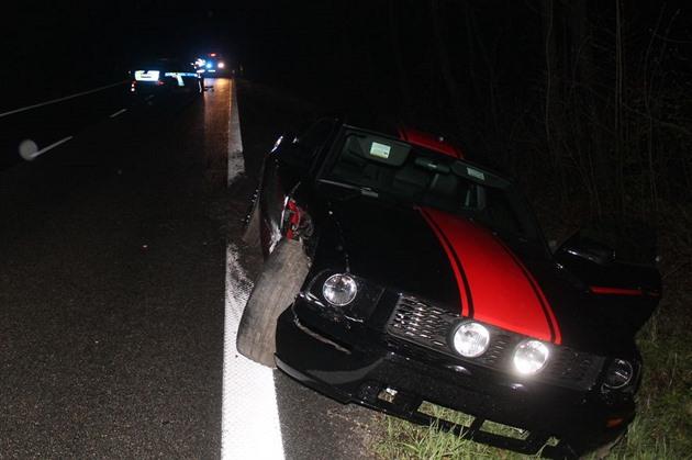 Řidič při honičce zranil policistu v nabouraném autě, dostal podmínku