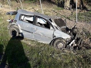 Nehoda na dálnici D5 u Rokycan, srazila se čtyři vozidla - dvě nákladní a dvě...