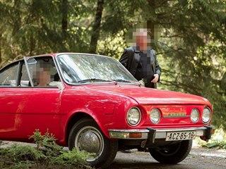 Zloděj ukradl tuto Škodu 110 R, škoda byla odhadnuta na půl milionu korun.