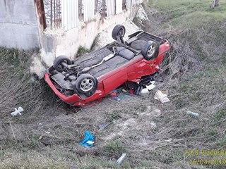 Velké štěstí měl řidič osobního auta, který vjel na přejezd u Poběžovic na...