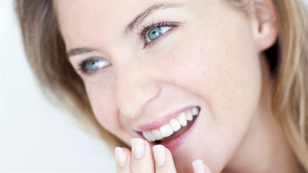 Nebezpečí v ústech, která byste nečekali. Zeptejte se online lékaře