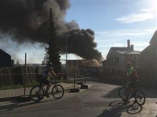 Požár obchodního centra v Říčanech (20. dubna 2019)