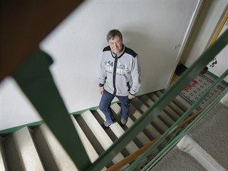 Jan Havel se od poloviny osmdesátých let profesně zabývá výtahy. Opravuje je,...
