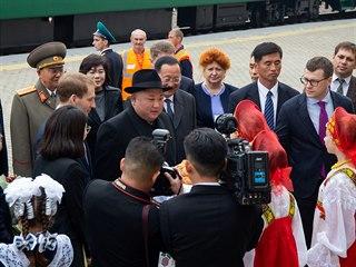Severokorejský vůdce Kim Čong-un na uvítací ceremonii s chlebem a solí v ruském...