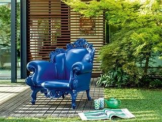 Designový nábytek nemusí být vůbec nudný, často mu nechybí humor a nadsázka. A...