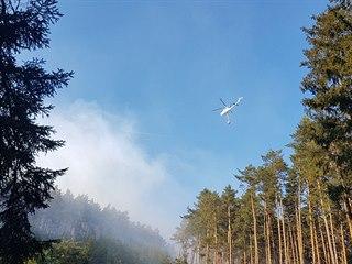Na severním okraji Plzně za sídlištěm Lochotín směrem na vrch Krkavec hoří...