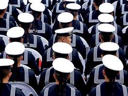 846e71f327 Čínští námořníci slaví 70 let založení námořnictva ...