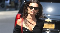 Model Emily Ratajkowski hails a cab after lunch with a friend in New York City....
