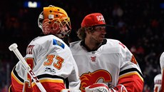 David Rittich (vlevo) a Mike Smith