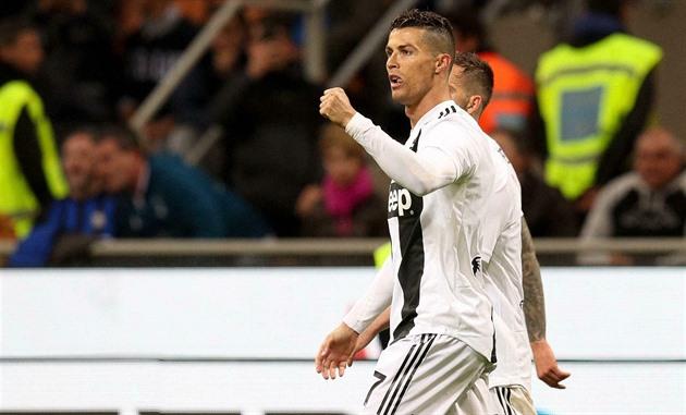 c4eb6d182d987 Ronaldo odvrátil v závěru porážku Juventusu v turínském derby - iDNES.cz