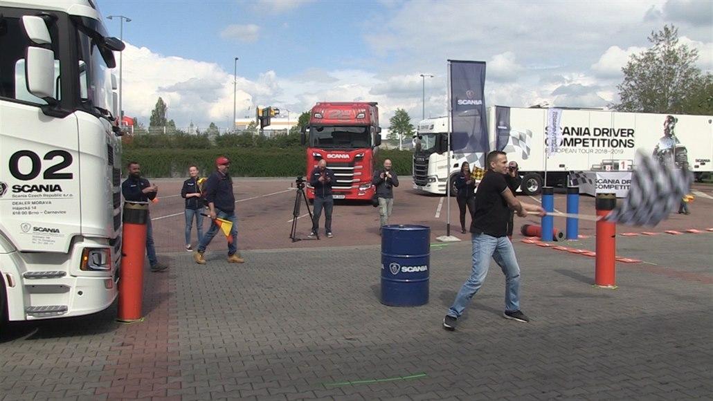 Nejlepší český řidič kamionu pojede do Švédska bojovat o sto tisíc eur