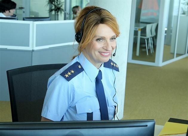 Chýlková s Brzobohatým nosí policejní uniformy v seriálu Linka