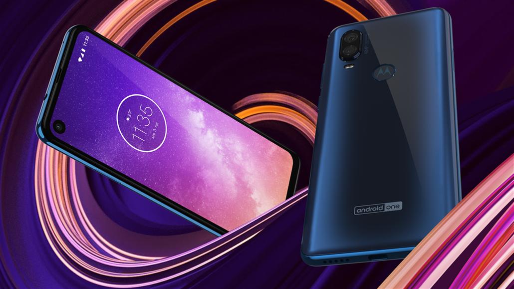 Motorola se srdcem od Samsungu má průstřel v opravdu širokém displeji