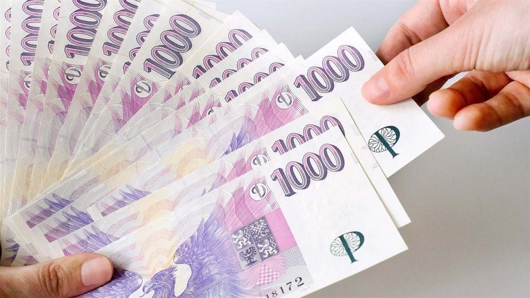 Kolik si letos koupíme za českou tisícovku v oblíbených destinacích