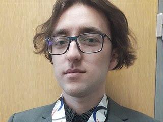 Student Filip Lukavec navrhl medaile pro Olympiádu dětí a mládeže.