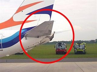 Na letišti v Praze-Ruzyni se při pojíždění srazila dvě letadla firmy...