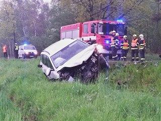 Nehoda tří osobních vozidel zastavila provoz u obce Losiná nedaleko Plzně. (16....