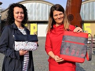 Alexandra Krutá (vlevo) a Anna Čudáková přišly s nápadem, jak využít obrázky,...