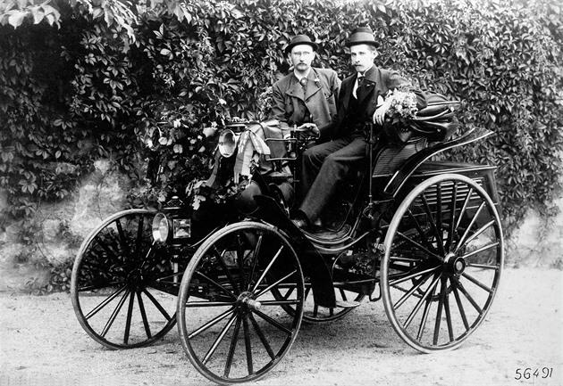 Autofotka týdne: Český pionýr motorismu měl první řidičský průkaz i auto