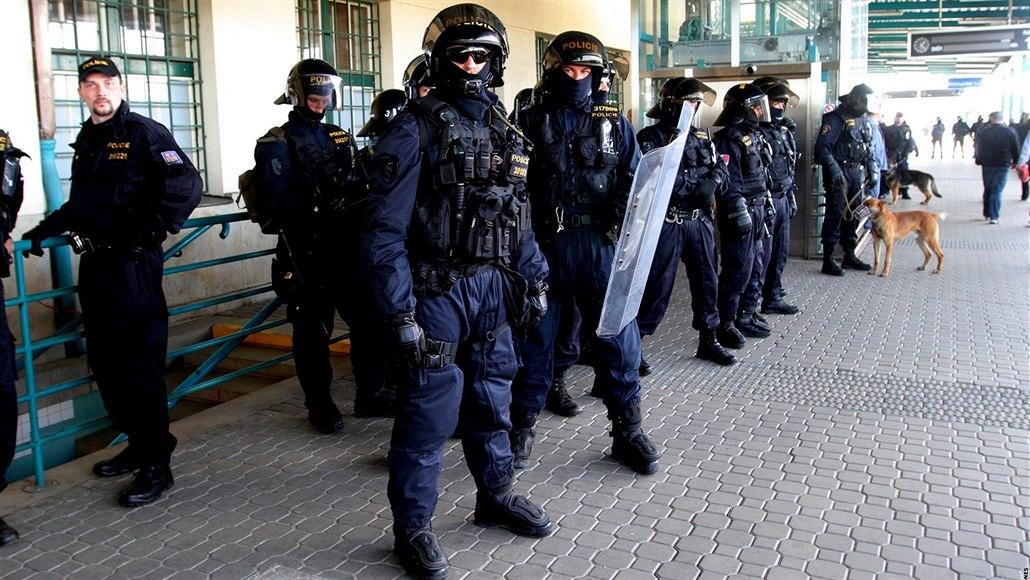 Do Olomouce zamíří na finále poháru tisíce fanoušků i policejní posily