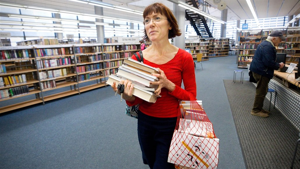 Čtenáři plení libereckou knihovnu, před velkou opravou zbývá jen Jirásek