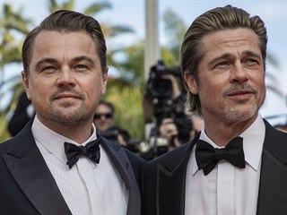 Leonardo DiCaprio a Brad Pitt na premiéře filmu Tenkrát v Hollywoodu (Cannes,...