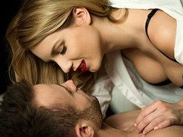 Velká prsa krásky porno fotky