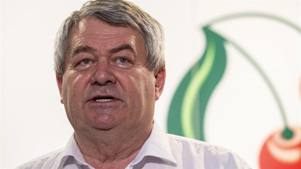 Šéf KSČM Vojtěch Filip na programové konferenci v Nymburce (8. června 2019)
