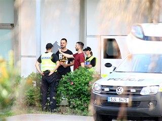 Policisté místo činu opustili až v půl sedmé.. (4. června 2019)