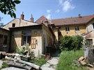 Budova orlovny v Líšni je v dezolátním stavu. Přidělenou evropskou dotaci na ni...