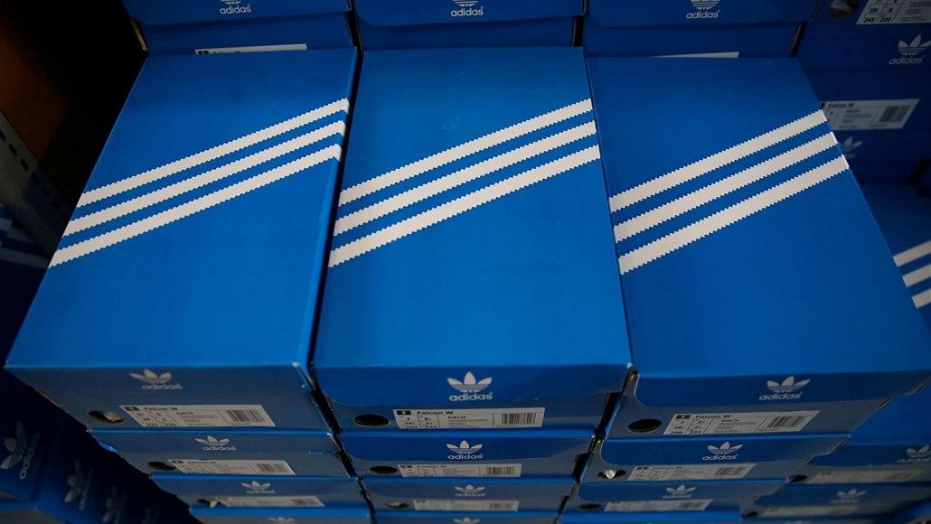 Tři proužky nejsou jenom Adidas, rozhodl evropský soud. Firmu výrok zklamal