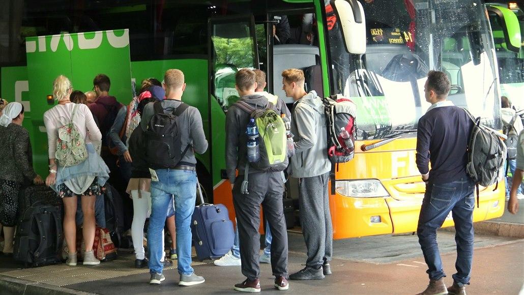 Flixbus spojí přímými autobusy Slovácko s Prahou a Košicemi