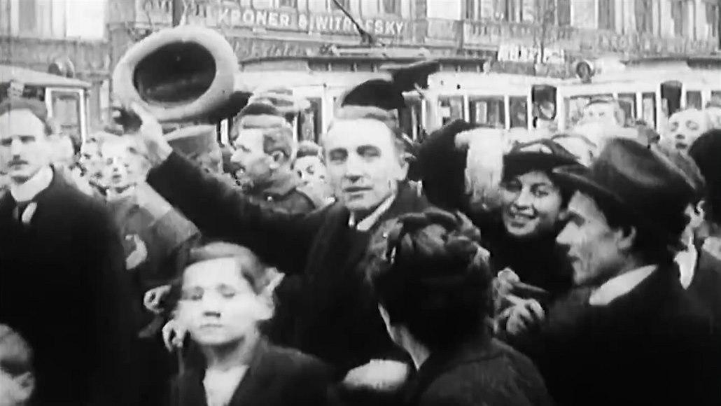 Před 100 lety zažili Čechoslováci první svobodné volby