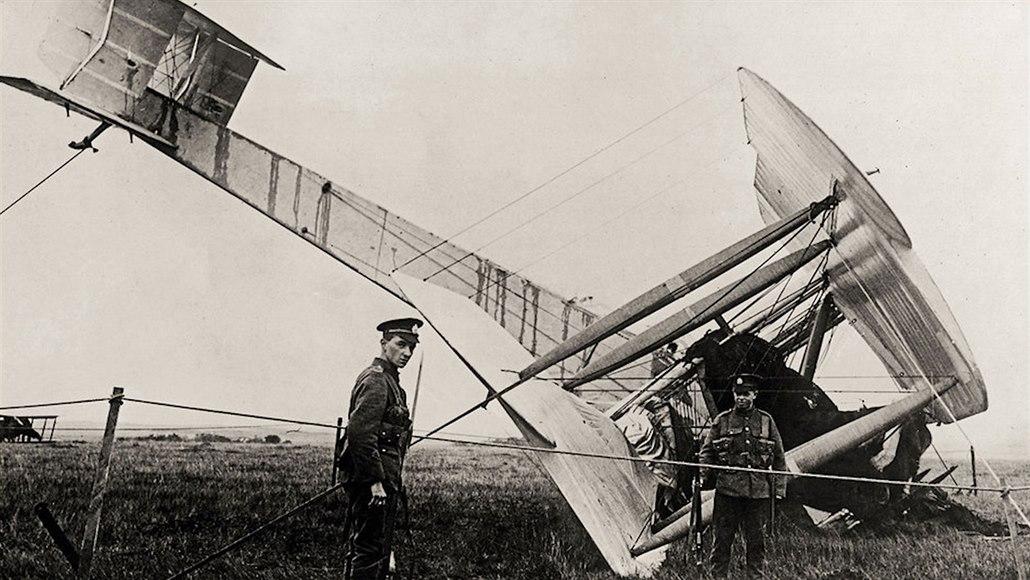 Špatné počasí před sto lety málem zhatilo první let z Ameriky do Evropy
