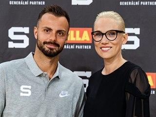 Michal Řepík a generální manažerka Sparty Barbora Snopková Hauberová