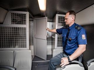 Vnitřní prostor eskortního autobusu (7. června 2019)