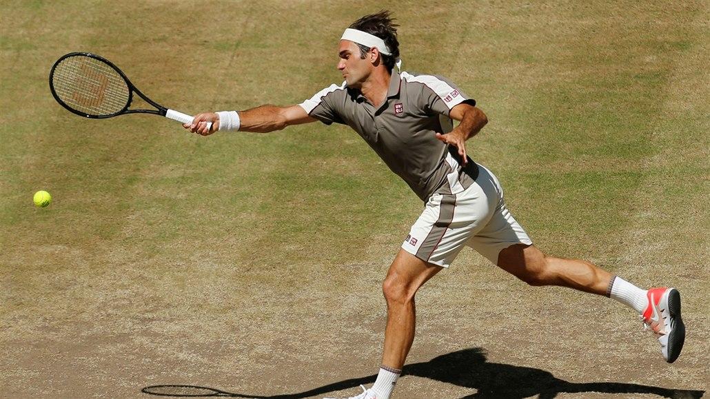 Za rok v Halle! vzkázal Federer. Skvostnou kariéru si tak prodlouží