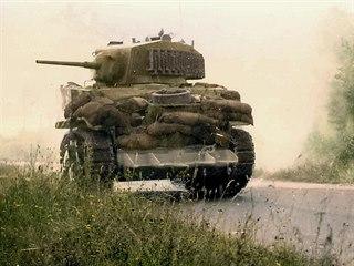 Digitálně kolorovaná dobová fotografie lehkého tanku M5 Stuart s improvizovanou...