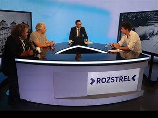 Novinář Eugen Kukla, sochař Petr Váňa někdejší šéf zelených Matěj Stropnický v...