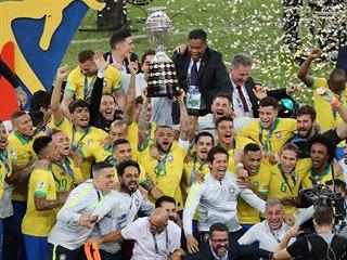 Brazilci slaví triumfu na jihoamerickém šampionátu Copa América.