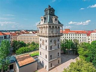 Vodárenská věž a observatoř Praha. Oživlá zděná dominanta pražské Letné je dnes...