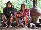 Indiánům žijícím na hranicích Ekvádoru a Peru v současnosti hrozí vymření.