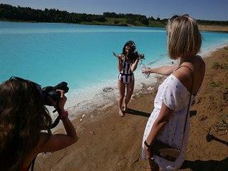 Tyrkysový rybník přezdívaný sibiřské Maledivy se stal oblíbenou atrakcí...