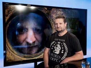 Potápěč, instruktor a lektor potápění z FTVS David Vondrášek v pořadu Rozstřel....