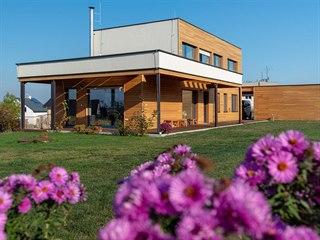 Rodinný dům s dispozicí 5+kk má užitnou plochu 195 metrů čtverečních.