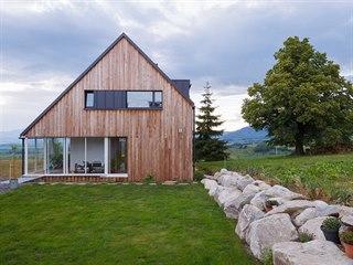 Rodinný dům ve Veterné Porube je postavený v nízkoenergetickém standardu s...