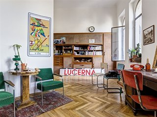 Multifunkční místnost slouží pro odpočinek, kulturní akce i jako pracovna. Na...